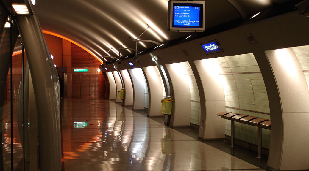 Metro_Paris_-_Ligne_14_-_station_Olympiades_06