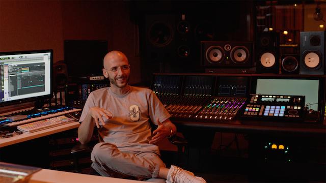 """Noah Shebib, alias """"40"""", le producteur de Drake en studio pendant l'enregistrement de Nothing Was The Same, le troisième album de Drake"""
