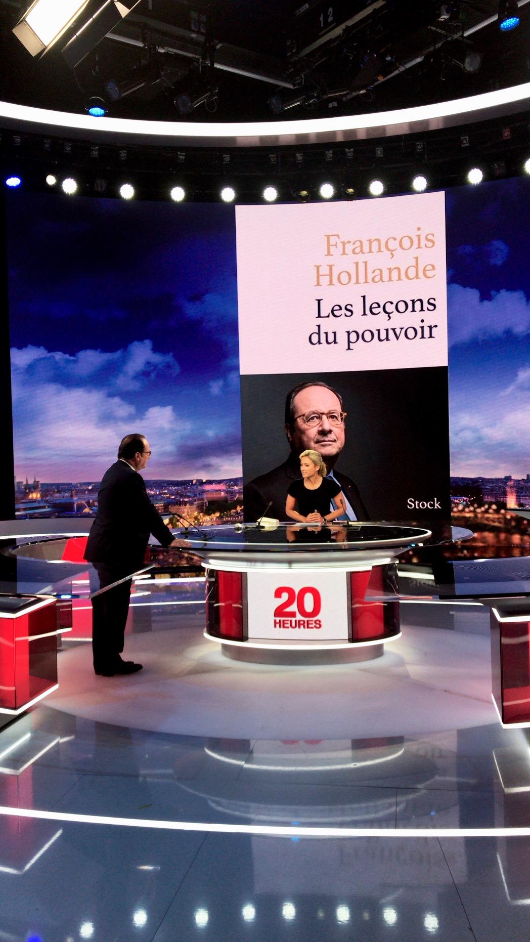 François Hollande repère le plateau du 20h